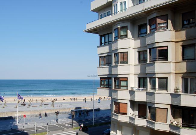 Apartment in San Sebastián - Playa Gros